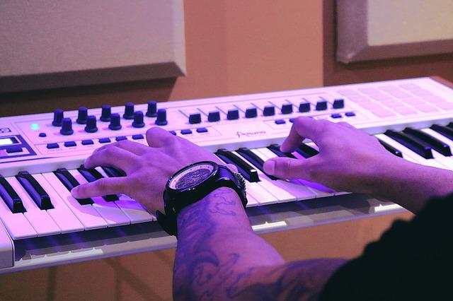 factores para elegir el piano digital barato